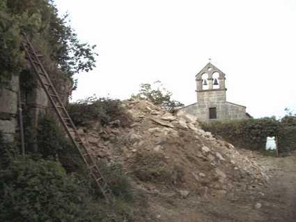 Demolida la casa rectoral de Castrelo de Cima